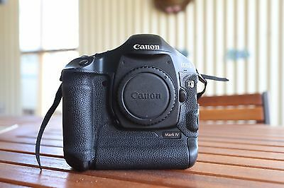 Canon  EOS 1D Mark IV 16.1 MP Digital SLR Camera - Black (Body Only)