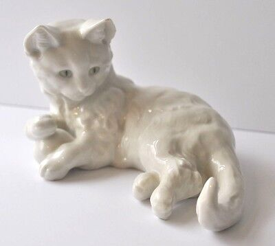 Hutschenreuther Selb Germany Figurine of Cat