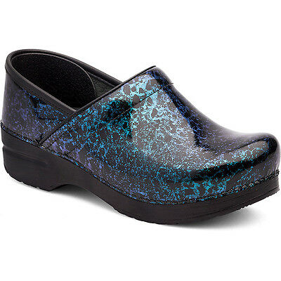 Dansko PROFESSIONAL Womens Cosmic Patent Leather Slip On Closed Back Clog Shoes