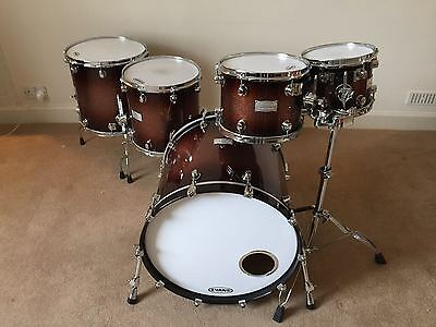 Mapex Saturn III 5-piece drum kit