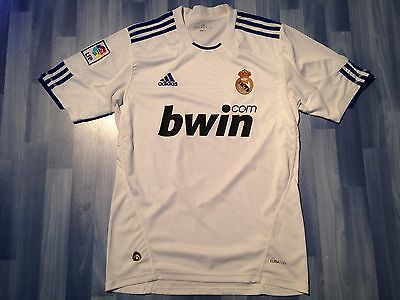 Medium Adults Real Madrid Football Shirt Season 2010-2011 Home