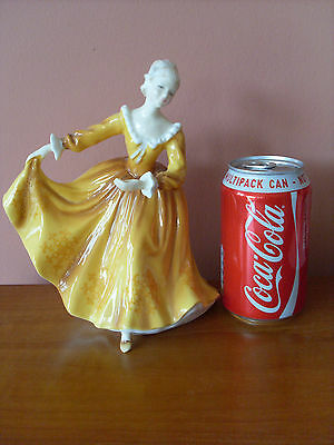 """""""Kirsty"""" Royal Doulton Figurine HN 2381 - Excellent Condition"""