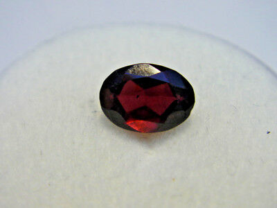 Rhodolite Garnet Gemstone Oval Cut 7 mm x 5 mm 0.95 carat faceted natural Gem