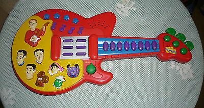The Wiggles Guitar 2003 by Spin Master