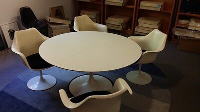 Knoll Saarinen Table And 4  Tulip Chair Set Mid Century Modern Eero