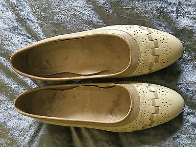 Vintage Leather Shoes Made in Australia Size 7.5B Great Condition