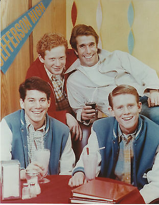 Happy Days Cast 8 X 10 Photo With Ultra Pro Toploader