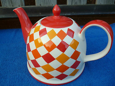 Large Whittards 'Camry Pringle ' Design Teapot , 6 Cup , Excellent Condition.