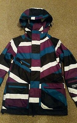 Nikita Women's Newberry Snowboard Ski Jacket XS Great Condition!
