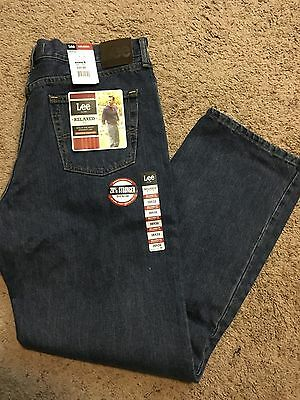 NWT MENS Lee Jeans Size 38x32  Relaxed Fit MSRP $44.00 Blue Denim