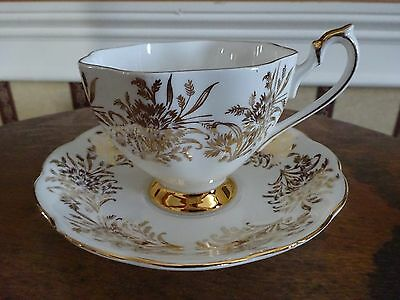 Queen Anne Bone China England Cup & Saucer