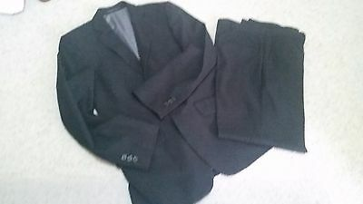 Mens suit size small