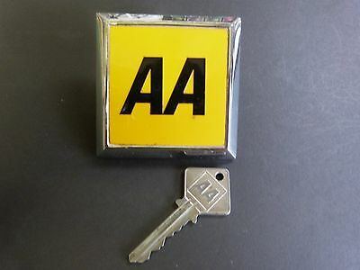 AA Badge & AA Key Excellent condition.