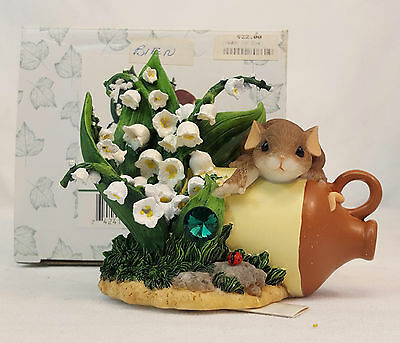 Charming Tails FRIENDS ARE ALWAYS WITHIN REACH Lily of Valley Figurine #89/224