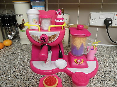 Barbie & Me Doll'icious Coffee N Smoothie Shop & Etc Great Gift