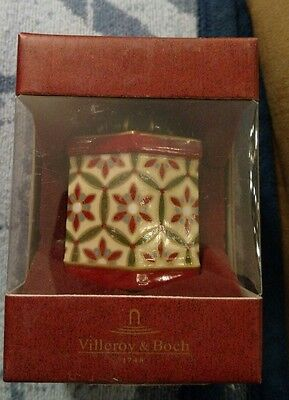 VILLEROY & BOCH Nostalgic Gift Box Ceramic Ornament Fantasy Ornament Beige/Red