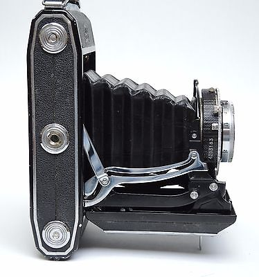 ZEISS IKON IKONTA 521/2 with the superb COMPUR-RAPID shutter & Tessar f3.5 lens