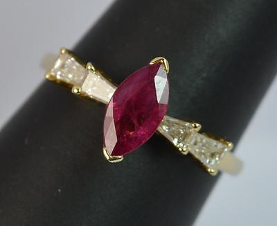 Stunning 0.75ct Ruby and Diamond 18ct Gold Engagement Ring d0651