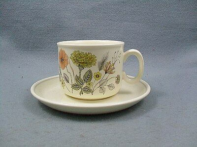 Meakin Trend Hedgerow Cups & Saucers x 4