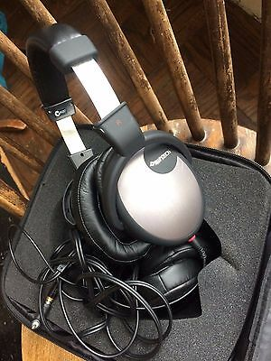 RARE Digitech Gaming Headphones Excellent Condition in Carrying Case