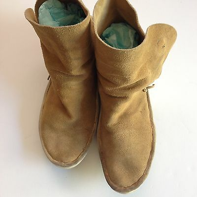 Vintage Handmade Moccasins about a 10W or 8M  Antique Native American Shoes