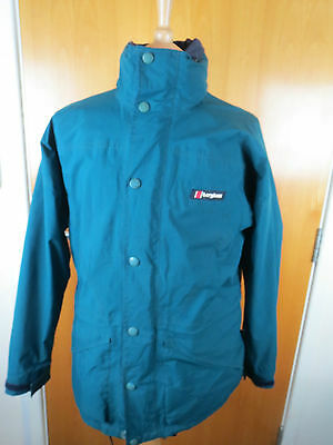 Berghaus Vintage Glissade I.A Green Gortex Jacket Size 12 In Good Condition