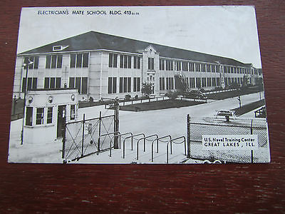 Great Lakes Center Electricians' mate School Bldg old postcard