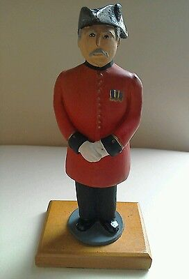 Antique Cast Painted Guard   Figurine/military/soldier
