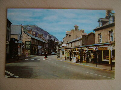 Postcard - HIGH STREET, PENMAENMAWR.  Unused. Smaller standard size...