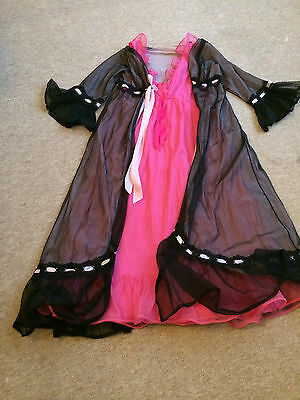 Beautiful vintage pink and black negligee set