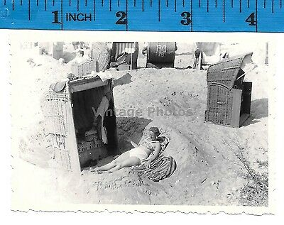 Vintage Photo Woman sunbating at the beach #1283
