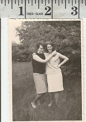 Vintage Photo Woman in arms best friends for ever #1035