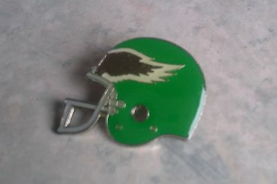 Philadelphia Eagles - Vintage Metal Helmet Badge. American football. NFL. 1984.