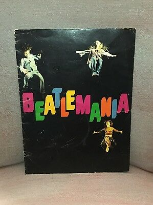 vtg 70s BEATLEMANIA Beatles MUSICAL PROGRAM Concert Tour Magazine Band Photos