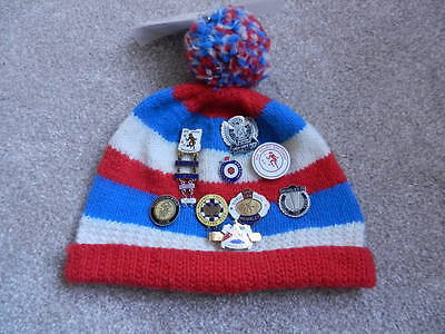 Motorcycle Romford supporters speedway bobble hat with 8 badges