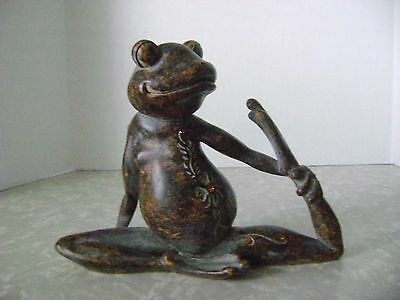 """Stoneware Whimsical Garden Frog Toad Statue Figure Carved Large 8"""" X 10.5"""""""