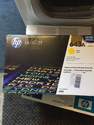 New Genuine HP Q5952A LaserJet 4700 Yellow Toner (Damaged Box)
