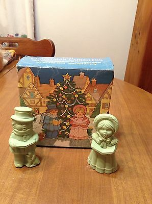 """Vintage Avon Christmas Carollers Two """"Special Occasion"""" Fragranced Soaps - Unuse"""