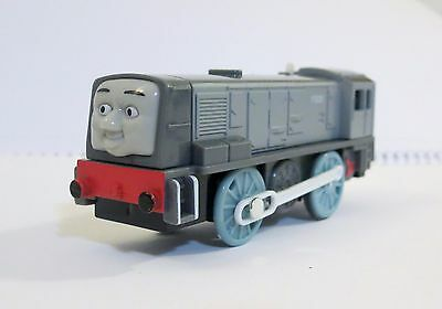 New Loose Thomas & Friends Trackmaster Motorized Engine Dennis