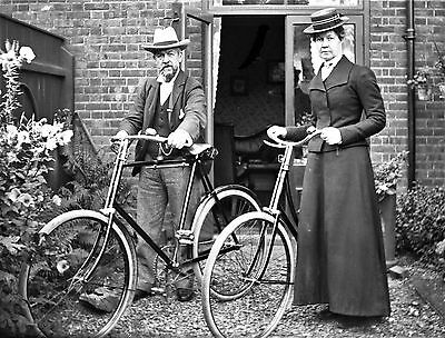 PHOTOGRAPHIC GLASS NEGATIVE CYCLING IN CROMER NORFOLK HISTORY FABULOUS c1895