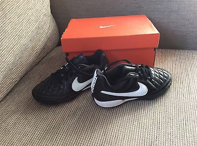 Nike AstroTurf trainers size child 11
