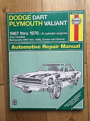 Haynes Dodge Dart and Plymouth Valiant, 1967-1976 by Peter G. Strasman Paperback