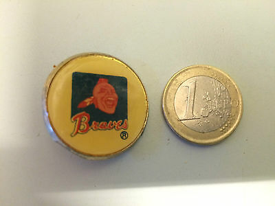 One 1980s Atlanta Braves baseball badge. See image. VG condition.