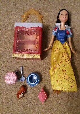 Disney Snow White Princess Doll with Accessories