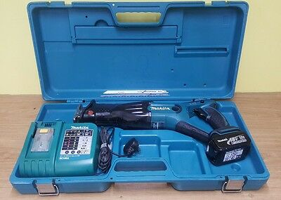 Makita Reciprocating Saw 18v lxt charger, battery, blades, case etc BJR181RFE