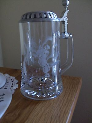 Golf tankard with pewter lid- etched golfer on glass