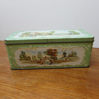 Collectable Vintage Hunley & Palmers Tin..