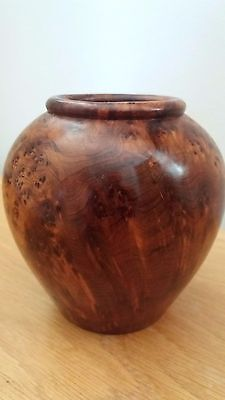 Unusual Small Thuya Wood Treen Pot,with Beautiful Natural Grain Great Condition.