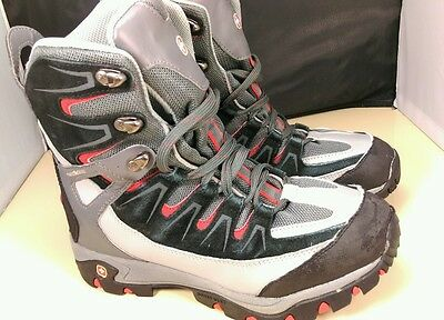 Swiss Gear High Top  Mens hiking boots Size 8