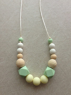Lovely mint Silicone Teething Necklace,Nursing,Wood,Carrier Babywearing Chewable